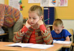 children taking test || Sheltering Oaks Counseling || Wesley Chapel, FL